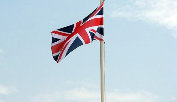 FETÖ, İngiliz siyasetçilere para vererek raporlar yazdırmış